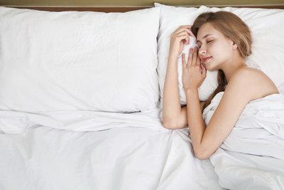 Sie sollten erst schlafen gehen, wenn Sie müde sind.