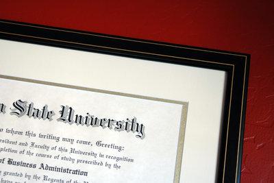 Mit der Bachelorarbeit beenden Sie Ihr Studium.