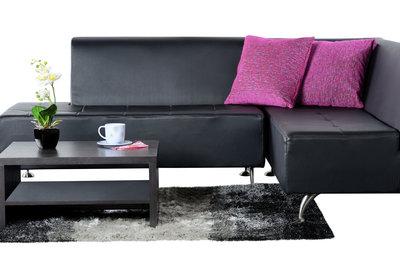 Couchkissen haben neben der funktionalen eine dekorative Funktion.
