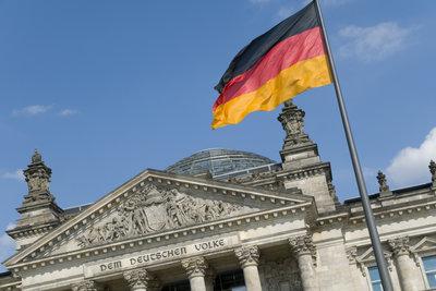 Die deutsche Einheit hat hohe Kosten verursacht.