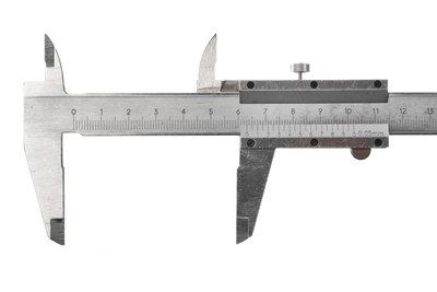 Mit einer Schieblehre können Sie Längen sehr genau messen.