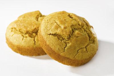 Leckeres Maisbrot kann mit feinem Maismehl gebacken werden.
