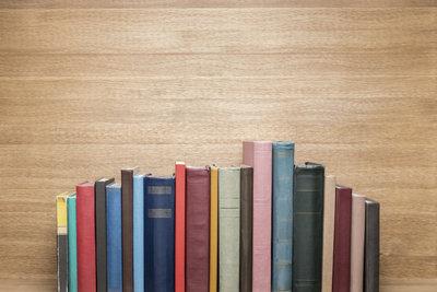 Bücher gebraucht verkaufen ist einfach, aber nicht immer lukrativ.
