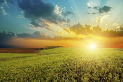Die Sonnenaufgangszeiten verändern sich vom Sommer zum Winter.