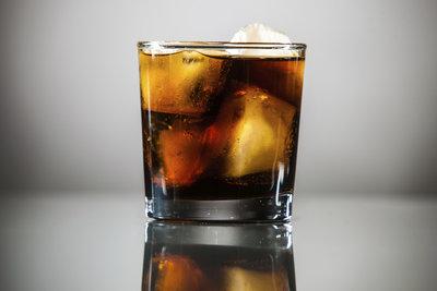 Zu den Klassikern der Wodka-Mischungen zählt die Variante mit Cola.