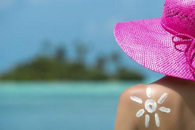Sonnencreme schützt vor krebserregenden UV-Strahlen.