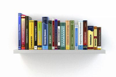 Lust zum Schmökern? Es gibt viele Klassiker, die Sie gelesen haben sollten.