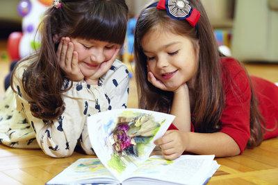 Märchen im Kindergarten beflügeln die Fantasie.