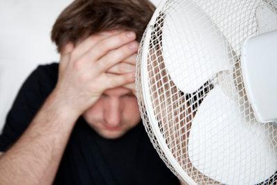 Schwitzen am Kopf kann gemildert werden.