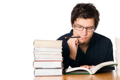 Ohne eine gute Vorbereitung endet die Hausarbeit oft in Stress und Frustration.