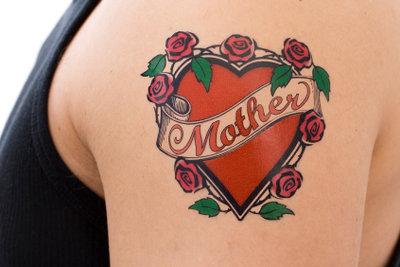 Tattoos sehen zwar toll aus, sind jedoch nicht für jeden Beruf geeignet.