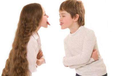 Nicht nur Kinder, auch Erwachsene bringen mit kleinen Streichen Humor in ihren Alltag.