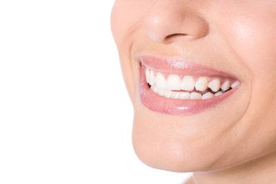 Gepflegte Lippen gehören zu einem schönem Lächlen - Machen Sie Ihre Lippenpflege doch mal selber!