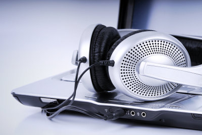 Radio kommt jetzt aus dem Internet - auch zum Aufnehmen.