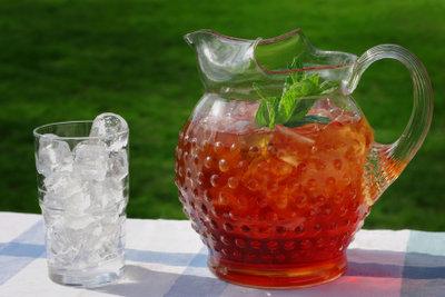 Selbstgemachter Ice Tea - nicht nur im Sommer eine leckere Erfrischung!