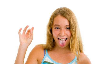 Sie sollten Ihre Zunge regelmäßig und richtig reinigen.