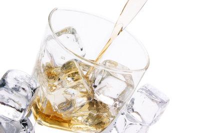 Wodka kann man mit vielen Zutaten mischen, um leckere Cocktails zu mixen.