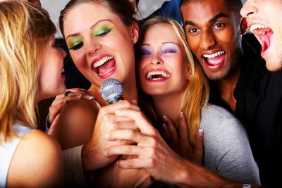 Man kann viel tun, um seine Singstimme zu trainieren.