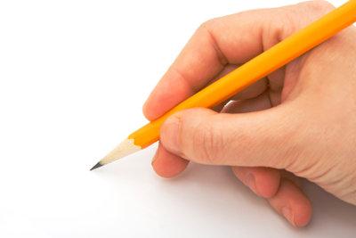 Bei der Lektüre des Textes sollte man sich Notizen machen, wenn man eine Inhaltsangabe schreiben will.