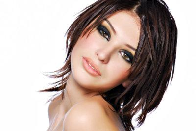 Auch dünne Haare können mit der richtigen Frisur perfekt gestylt aussehen.