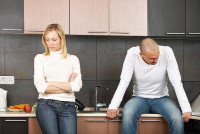 Problemgespräche mit der Freundin müssen nicht immer in Streit ausarten.