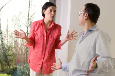 Streiten gehört zu einer Partnerschaft dazu.  Sie sollten sich allerdings bald wieder versöhnen.