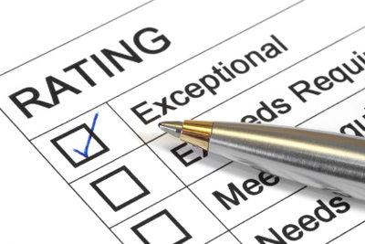 Bevor Sie ein Zeugnis anfechten, suchen Sie das Gespräch mit dem Arbeitgeber.