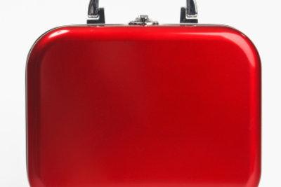 Packen Sie Ihr Handgepäck für den Flug richtig!