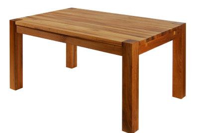 Alter Holztisch wie neu dank Möbelöl