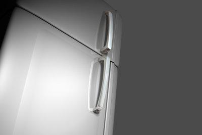 Beim Inbetriebnehmen eines neuen Kühlschranks gibt es einige Dinge zu beachten.