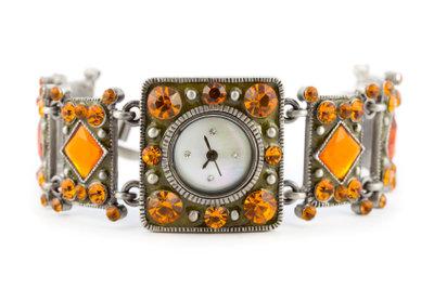 Schmuck und Uhren gehören zu den häufigsten Gegenständen im Pfandhaus.