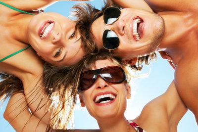Sonnenbrillen sind nicht nur im Sommer unverzichtbar. Doch welche ist die richtige für Sie?