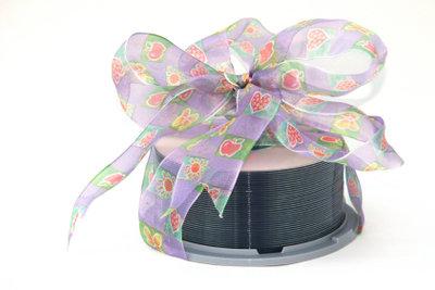 CD bedrucken - so können Sie der CD, welche Sie verschenken, eine persönliche Note verleihen!