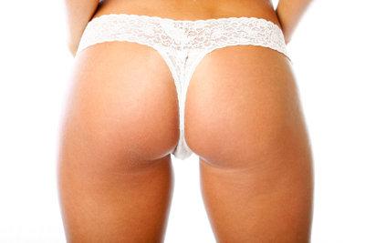 Die Wahl der richtigen Unterwäsche fällt nicht leicht. So tragen Sie Tangas richtig.
