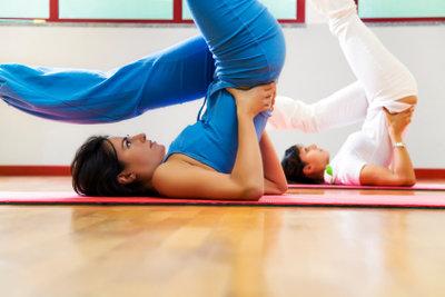 Auch Zuhause können Sie Übungen für einen gut geformten Po machen.