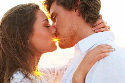 So gelingt Ihnen der perfekte Kuss.