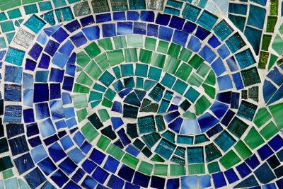 So verlegt man Mosaikpflaster richtig.