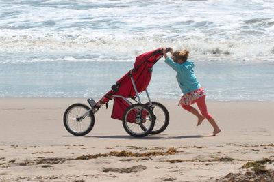 Den richtigen Kinderwagen zum Joggen finden, ist kinderleicht.