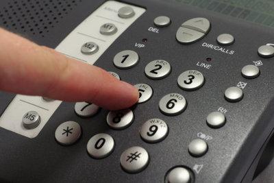 Die Frage beim Umzug -Telefonanschluss kündigen oder mitnehmen?