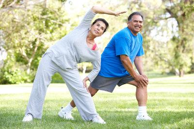Nach einer Muskelzerrung am Oberschenkel wieder mit leichtem Training beginnen!