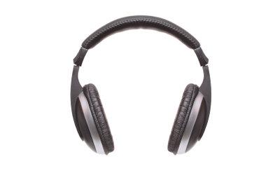Um auf voller Lautstärke Musik zu hören, müssen Sie die Lautstärke im iPod touch auf 100% stellen.