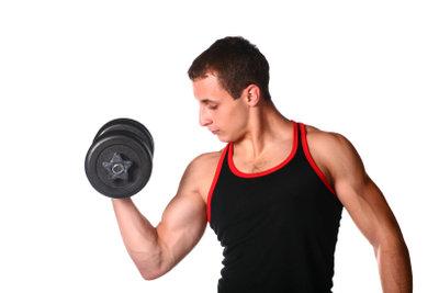 Regelmäßiges Training beugt Muskelkater vor.