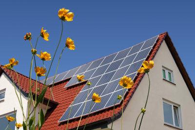 Über die Kosten einer Solaranlage sollten Sie sich umfangreich informieren.