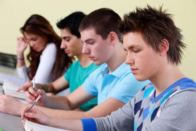 Gute Vorbereitung und ein klarer Kopf sind die wichtigsten Dinge für die Theorieprüfung.