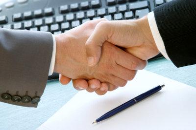 Wenn Sie nicht zufrieden sind, kann auch ein Werkvertrag gekündigt werden.