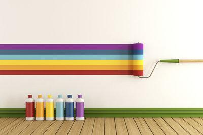 Eine neue Wandfarbe verändert das Raumgefühl in Ihrer Wohnung.