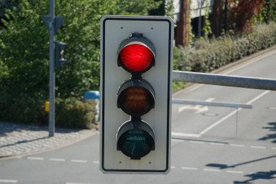 Alle, die wiederholt beim Fahren ohne Führerschein erwischt werden, müssen mit der MPU rechnen.