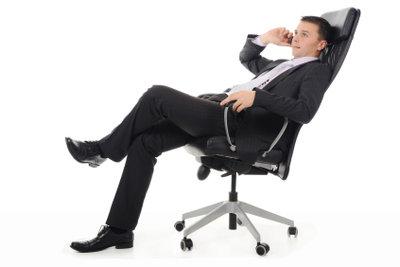 Oftmals verhilft Ihnen ein erstes Telefonat mit dem potenziellen Arbeitgeber zum begehrten Job.