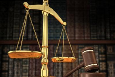 Prozesskostenhilfe kann bei Gericht beantragt werden.