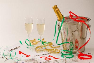 Prost Neujahr! Mit einer Checkliste geht's entspannt.